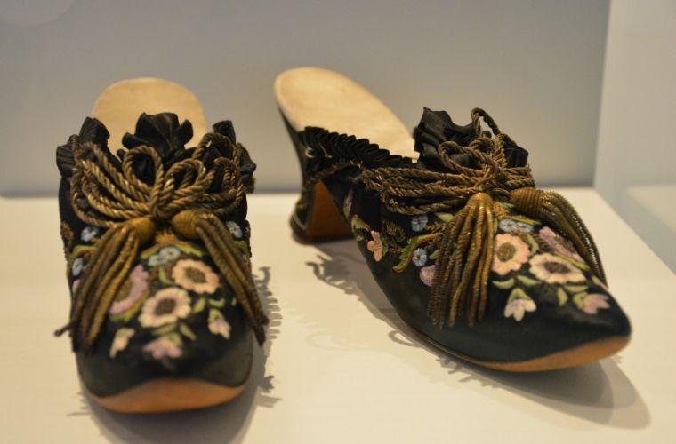 Schoenen uit de collectie van Sophia Lopez Suasso - Fashion Statements - Amsterdam Museum