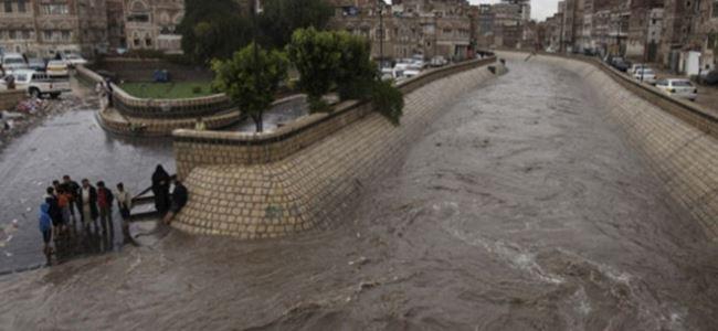 Yemen'de sel can aldı!