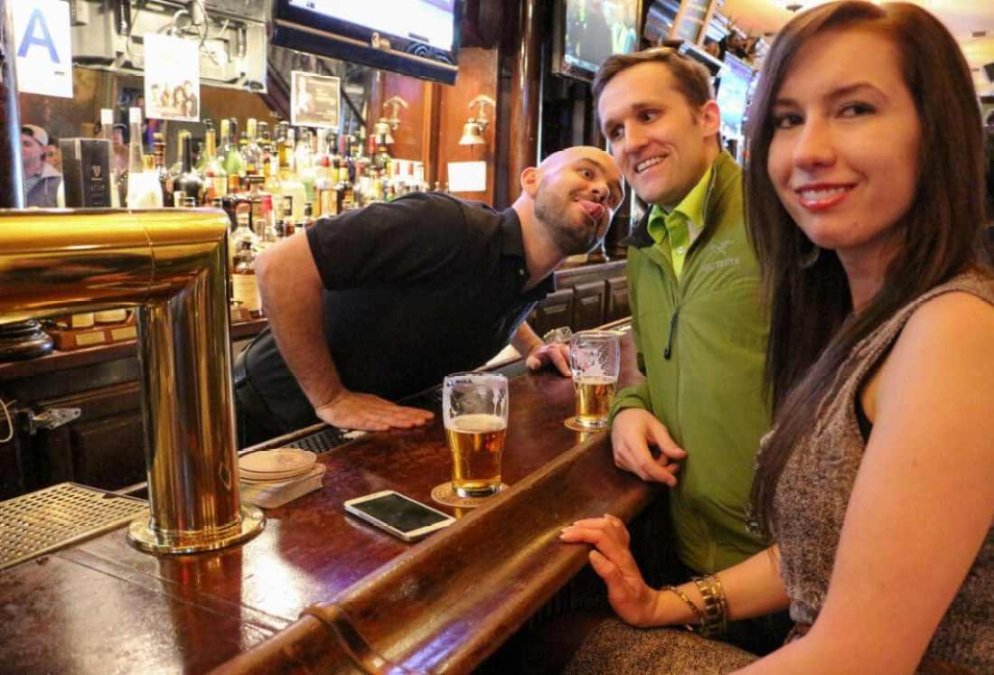"""Carl"" photobombing us at the HIMYM bar."