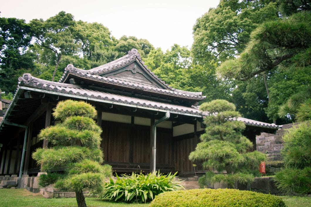 east garden guard house tokyo