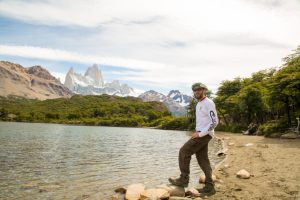 What to wear in Argentina Patagonia - Men hiking outfit