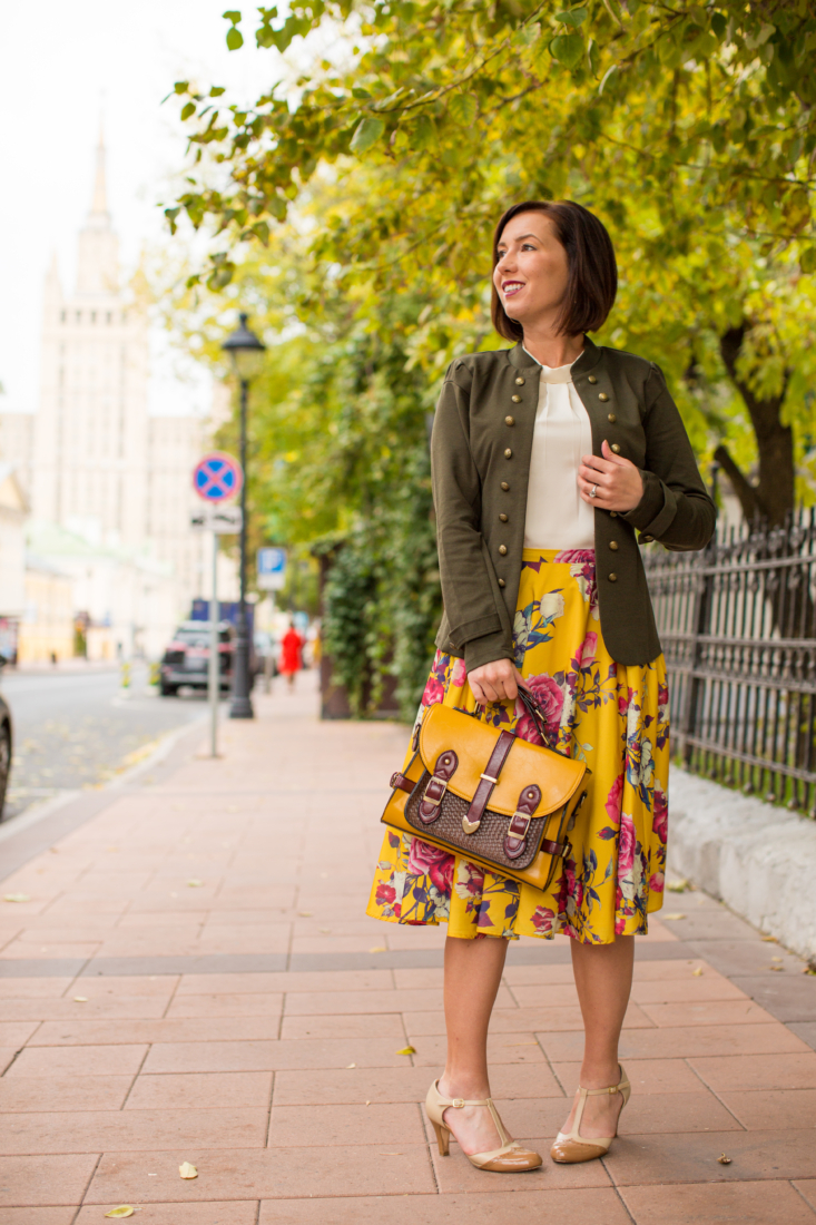 ModCloth Glam Believer Blazer Jacket in Olive