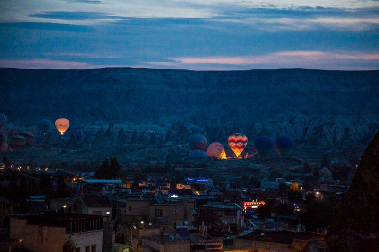 Behind the Scenes of My Hot Air Balloon Photos From Cappadocia, Turkey