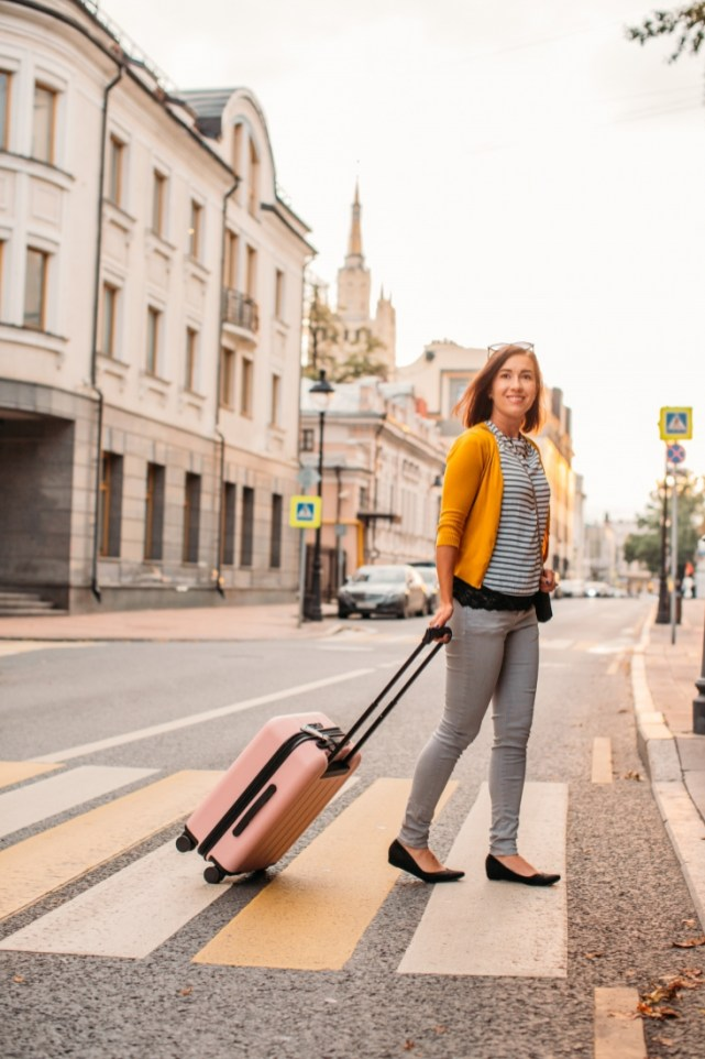 CHESTER Minima Carry-On Spinner Suitcase Review