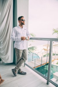 How to Dress for Resort Evening as a Man at Sandals Resorts