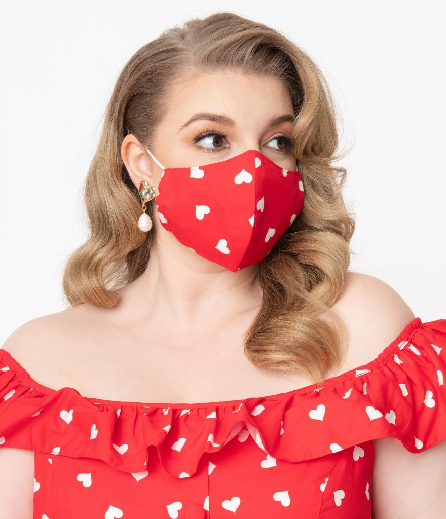 Red & White Hearts Print Face Mask