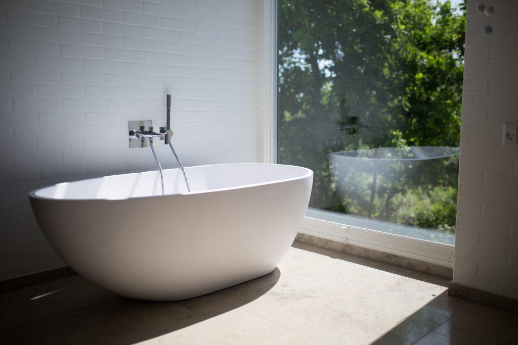 DIY spa day at home - take a bath