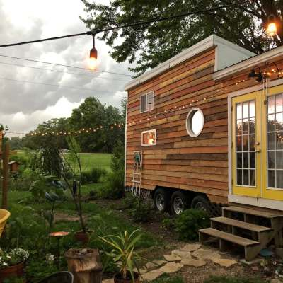 Tiny house hosted by Jessica