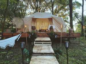 Glamping at Harlows Hideaway (Pool has launched)