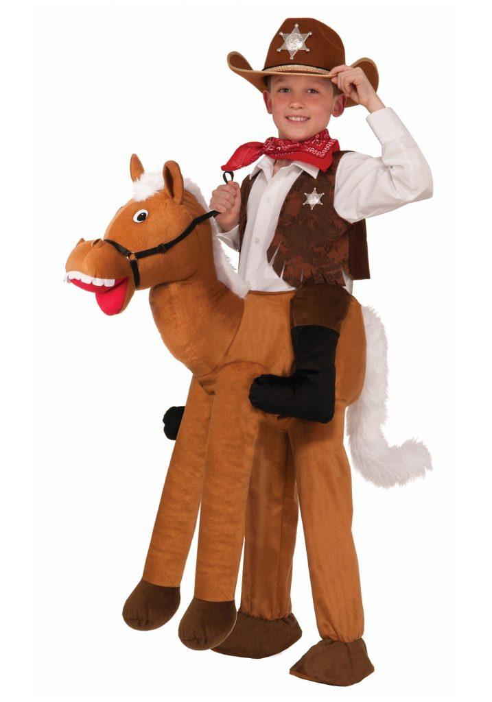 child-ride-a-horse-costume (1)