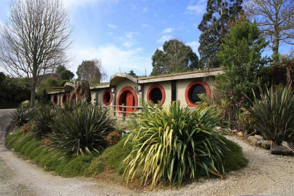 Waitomo Woodlyn Park Hobbit Motel