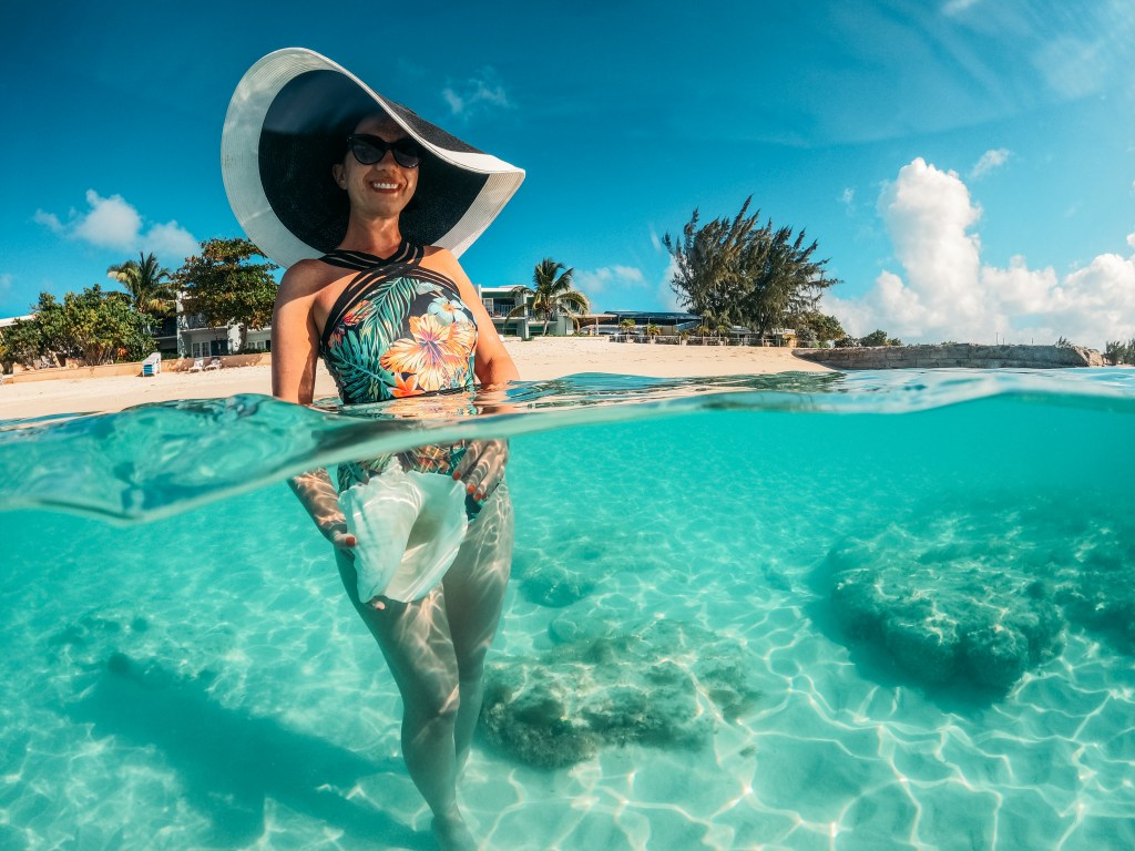 A sun hat and swimsuits are the most important clothes to bring to Turks and Caicos!