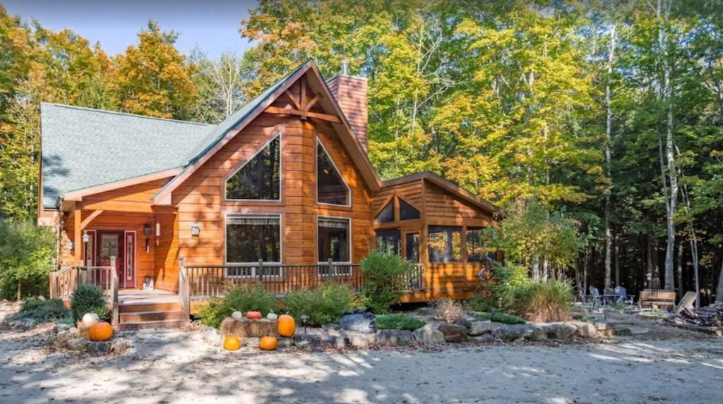Door County Cabin log cabin in Woods in Egg Harbor Wisconsin