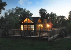 Hillside Haven Cabins-Hillside Chalet (Cabin 1)