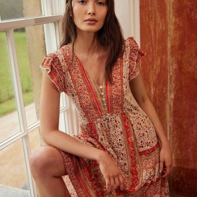 25+ Best Sites for Shopping Boho Clothing Online (& Accessories!)