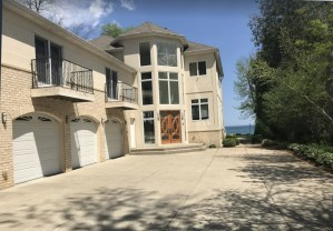 Michigan Lake Front House 15 min to Milwaukee downtown! 5/5(1 review)