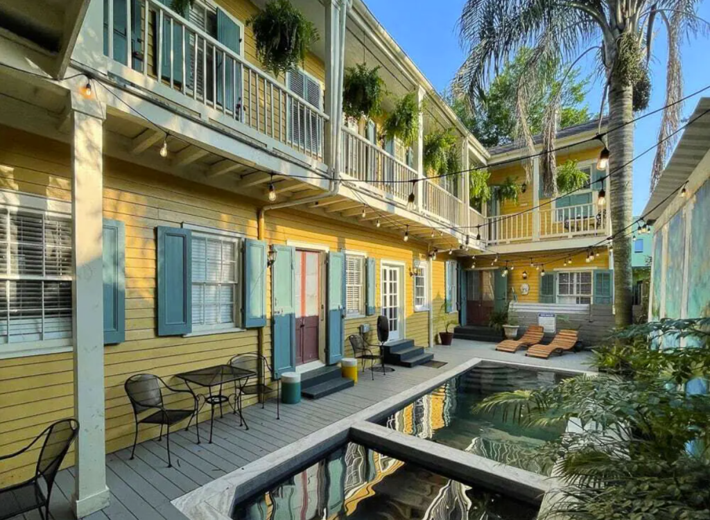 Louisiana/New Orleans/Faubourg Marigny Grand Historic Mansion w/ Private Pool & Hot Tub, Steps From FQ - 6br6ba