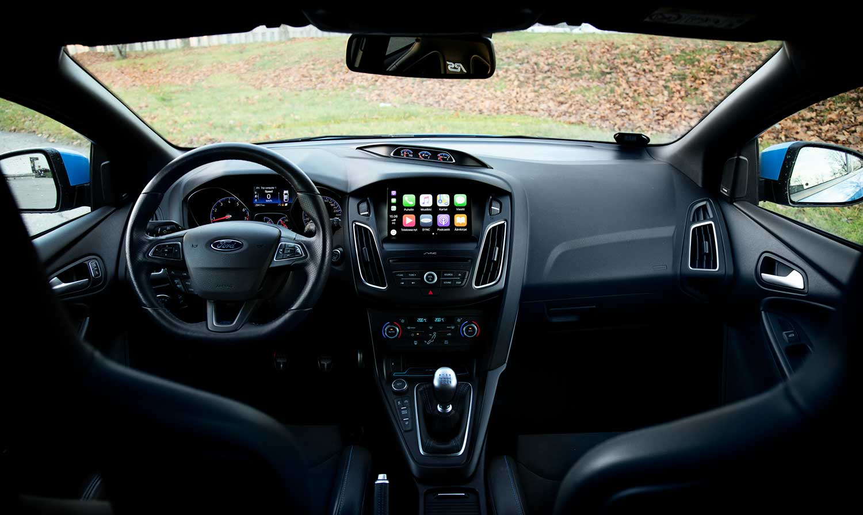 Ford Focus RS kojelauta