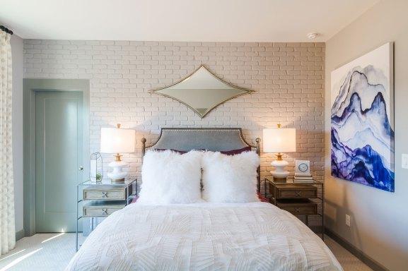 Haven-Design-Works-Atlanta-Front-Door-Inwood-Barnesdale-Guest-Suite-brick-wall