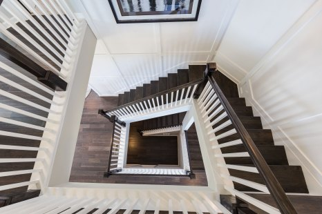 Haven-Design-Works-Atlanta-Sharp-Residential-Lakehaven-stairs
