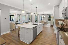Haven-Design-Works-Tampa-CalAtlantic-Enclave-at-Meadow-Pointe-Kitchen-island