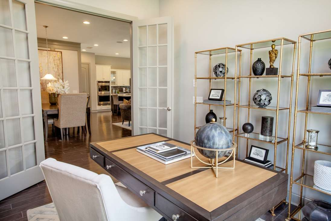 Haven-design-works-Atlanta-K.Hovnanian-Charleston-Ibiza-model-home-Study-min