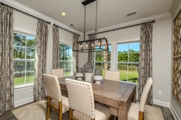 's Lake-model-home-Kitchen- Nook