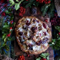 Turkey Cranberry Brie Flatbread