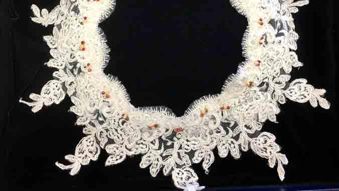 lace collar with Niihau shells