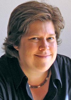 Judith Stilgenbauer headshot