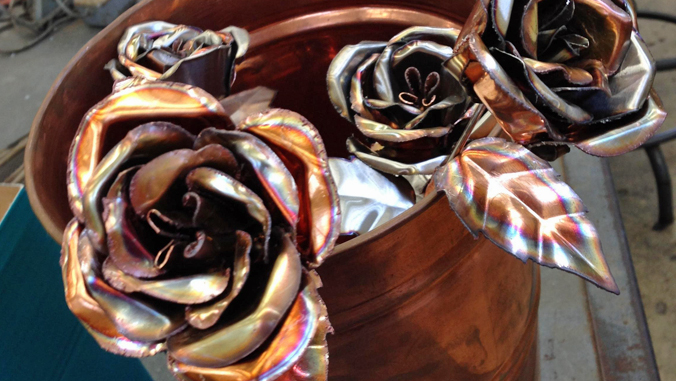 """Honolulu CC handcrafted """"forever roses"""" make perfect Valentine's gift"""