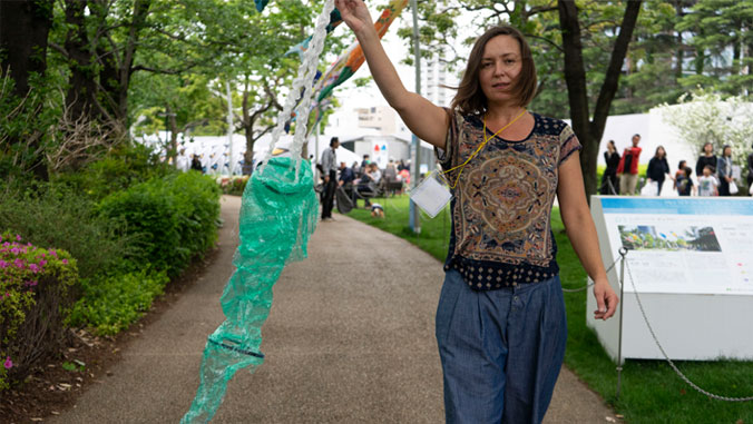 UH Mānoa artists dazzle Tokyo Midtown with flying koi