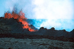 Hawaii Volcanoes National Park. 1984 eruption of Mauna Loa Volcano. Main vents and spatter rampart at 9200 feet elevation at about 10:45 a.m. Photo by J.D. Griggs, March 26, 1984. Courtesy of USGS
