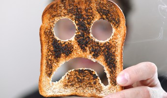 Celiac Disease can cause tooth discoloration and canker sores. Find out how to alleviate these mouth conditions.