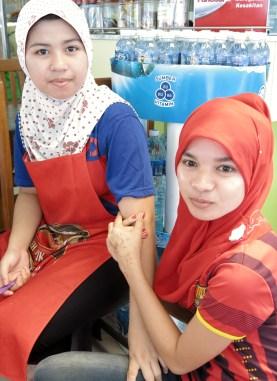 market girls