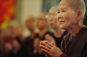 theravada-buddhism-1775946_1920