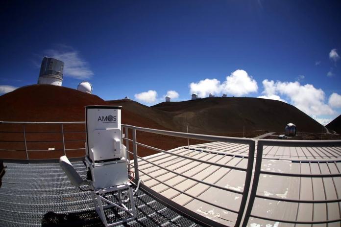 New meteor detector installed atop existing Maunakea, Haleakalā buildings