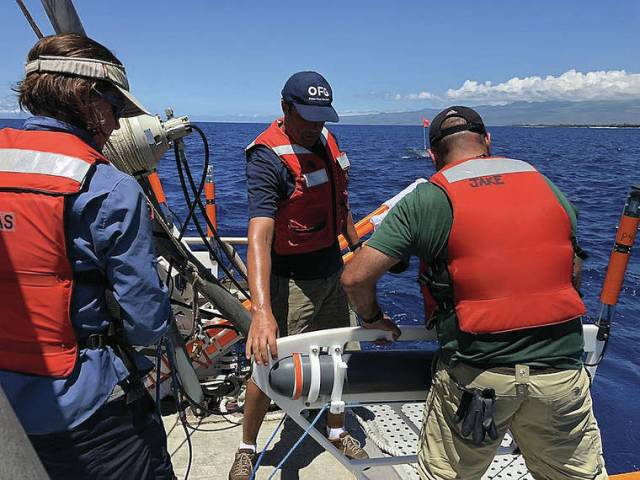 Scientific breakthrough: First images of freshwater plumes at sea taken off West Hawaii