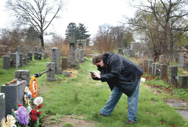 Son's grief, guilt become tribute honoring COVID-19 victims