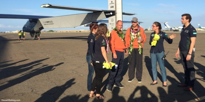 solar-impulse-entourage