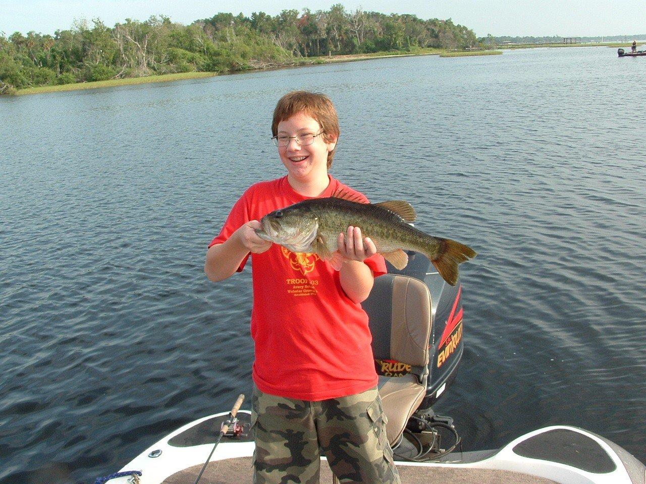 Lake walk in water fishing in orlando florida bass for Bass fishing guides orlando fl