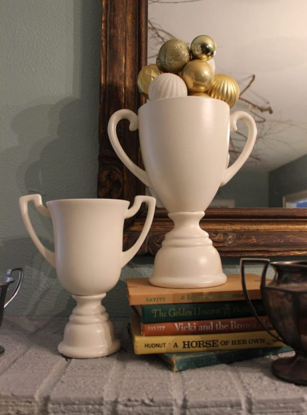 christmas - ornaments in trophy cups
