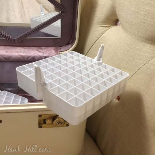 How to use vintage cases for organized art marker storage