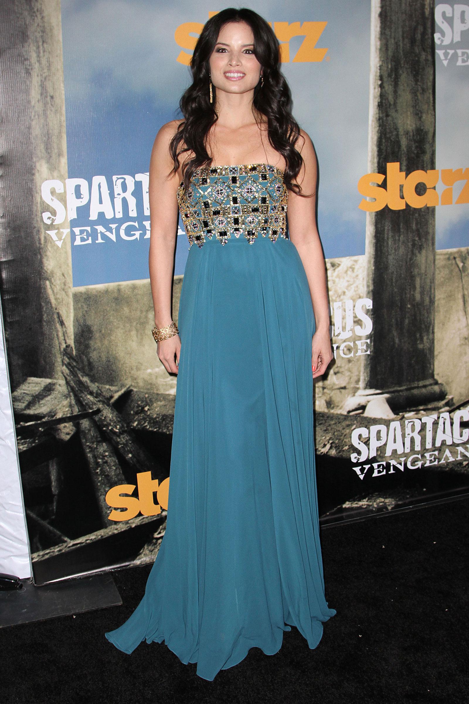 Katrina Law At STARZ Original Spartacus Vengance Premiere In Los Angeles HawtCelebs