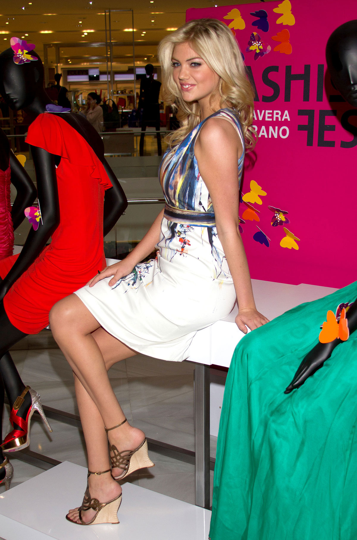 Kate Upton At Liverpool Interlomas Promotional Tour In Mexico City HawtCelebs