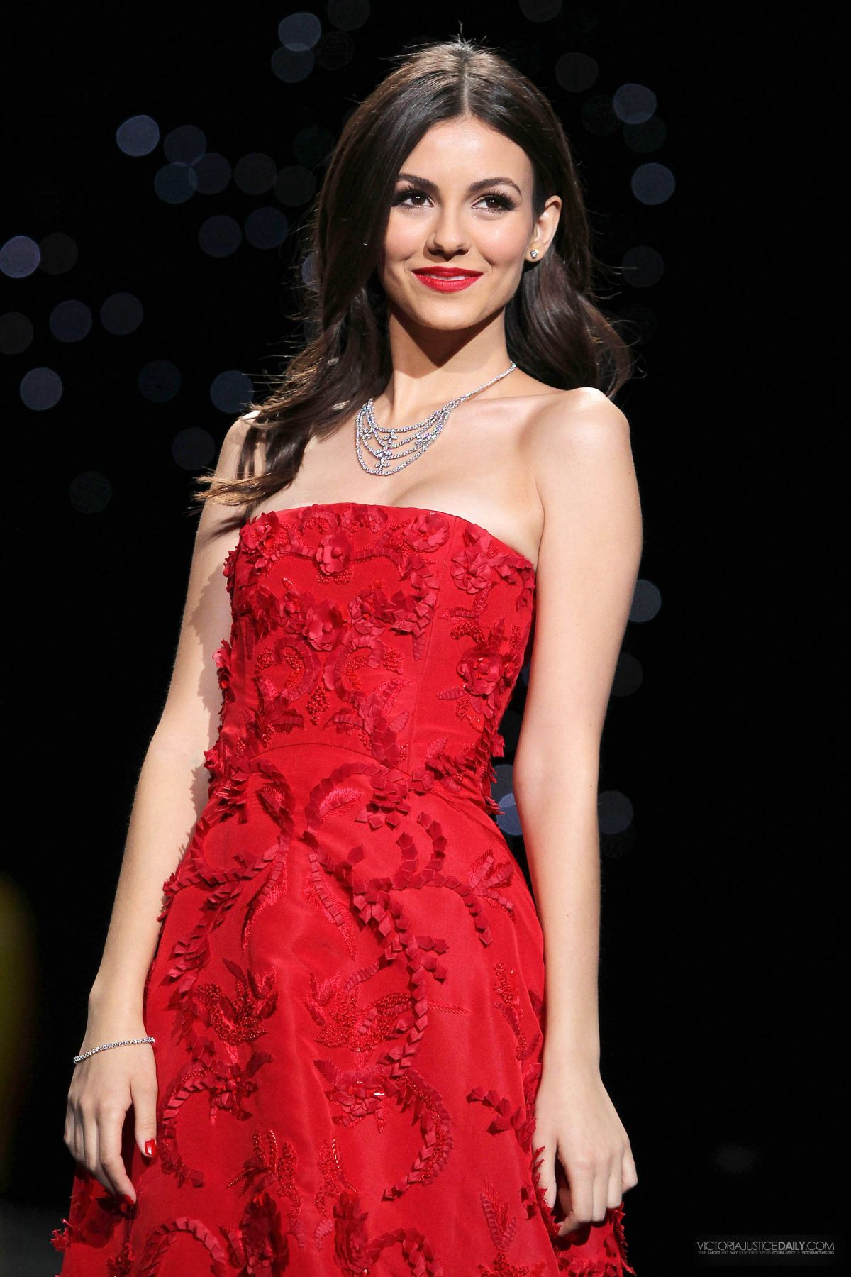 Victoria Justice At Go Red For Women The Heart Truth