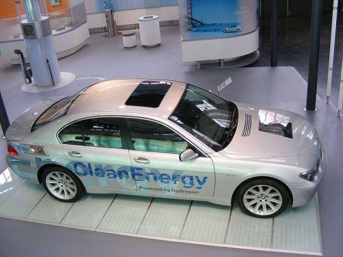 מכונית מונעת במימן של BMW. צילום מתוך ויקימדיה קומונס