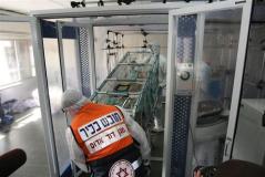 """ניסוי בהערכות למתקפה ביולוגית בביה""""ח רמב""""ם, 2009. צילום: יחסי ציבור - ביה""""ח רמב""""ם"""