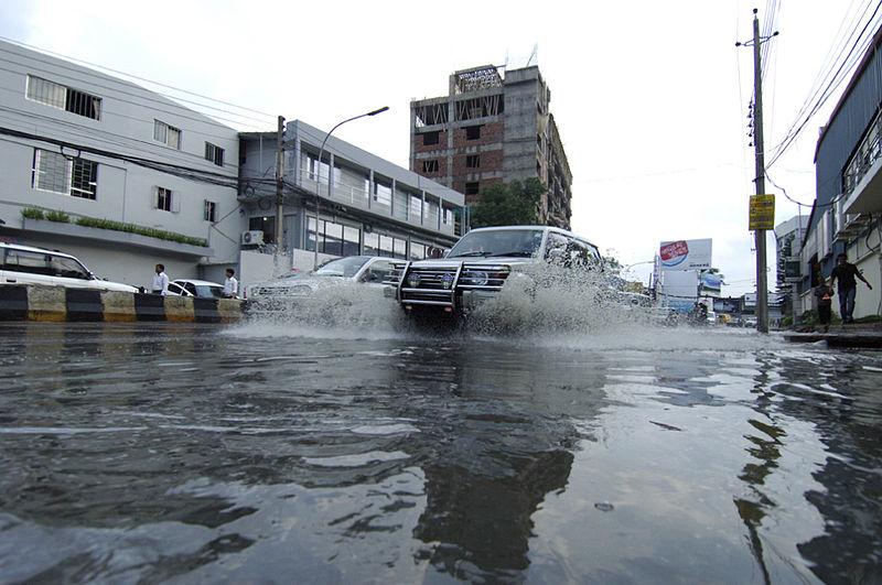 שטפון בדאקה בירת בנגלדש. מתוך ויקיפדיה