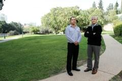"""מימין: פרופ' דניאל וגנר וד""""ר בני בר-און. ארגון עצמי. צילום: מכון ויצמן"""